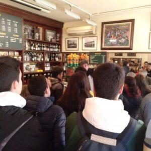 Coffeeshop de Bracafé al carrer comte d'Urgell.