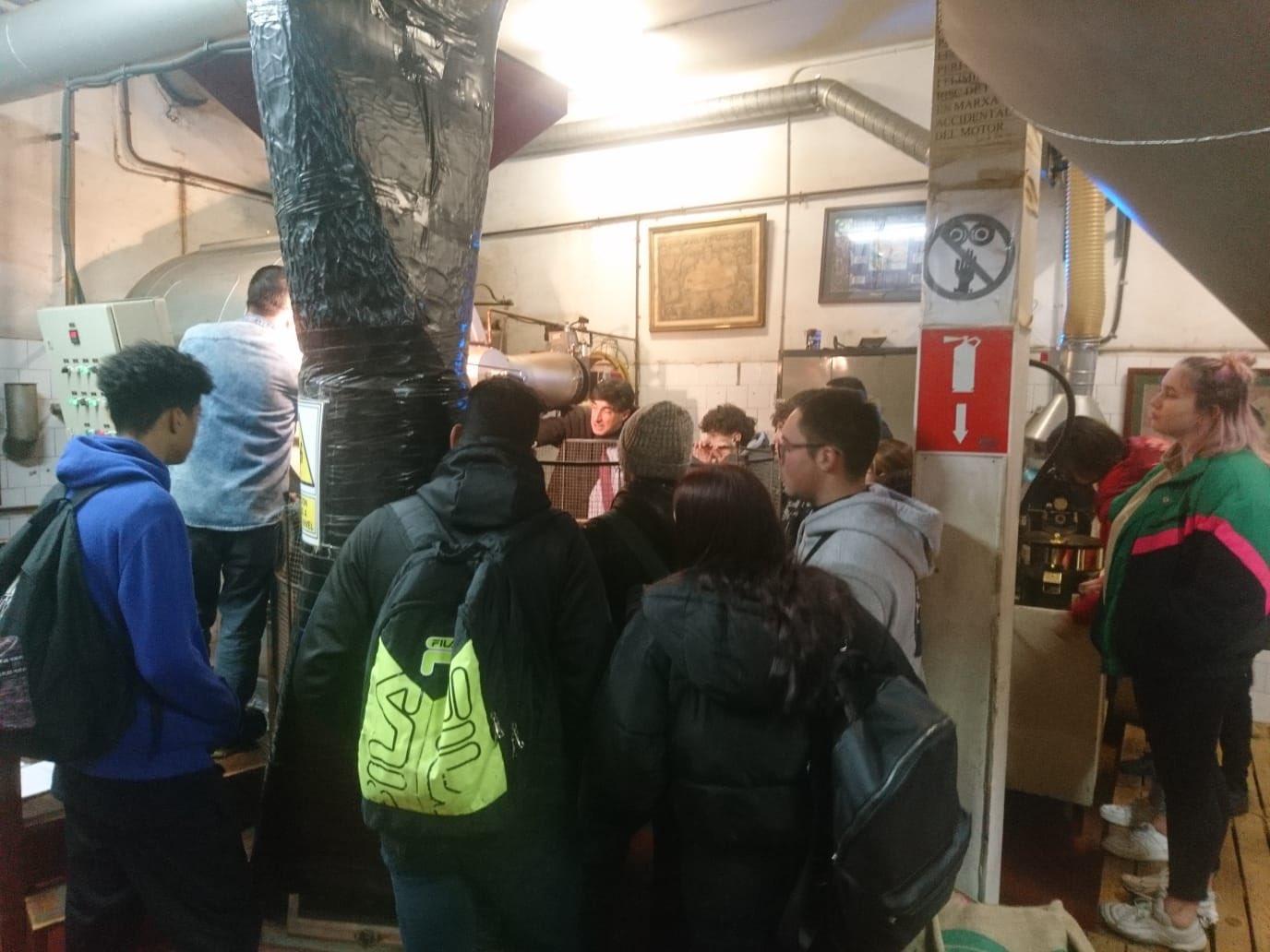 Alumnes pia sant antoni de coffeeexperience a Bracafé